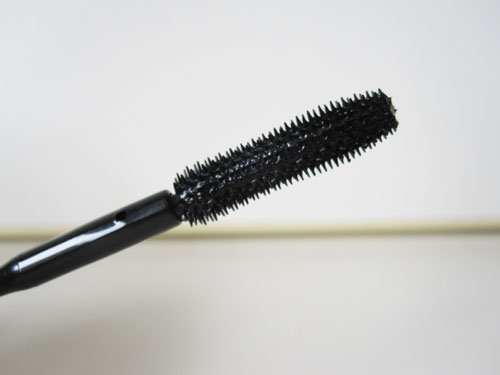 Almay Review picture 3 Almay One Coat Dial Up Mascara Review