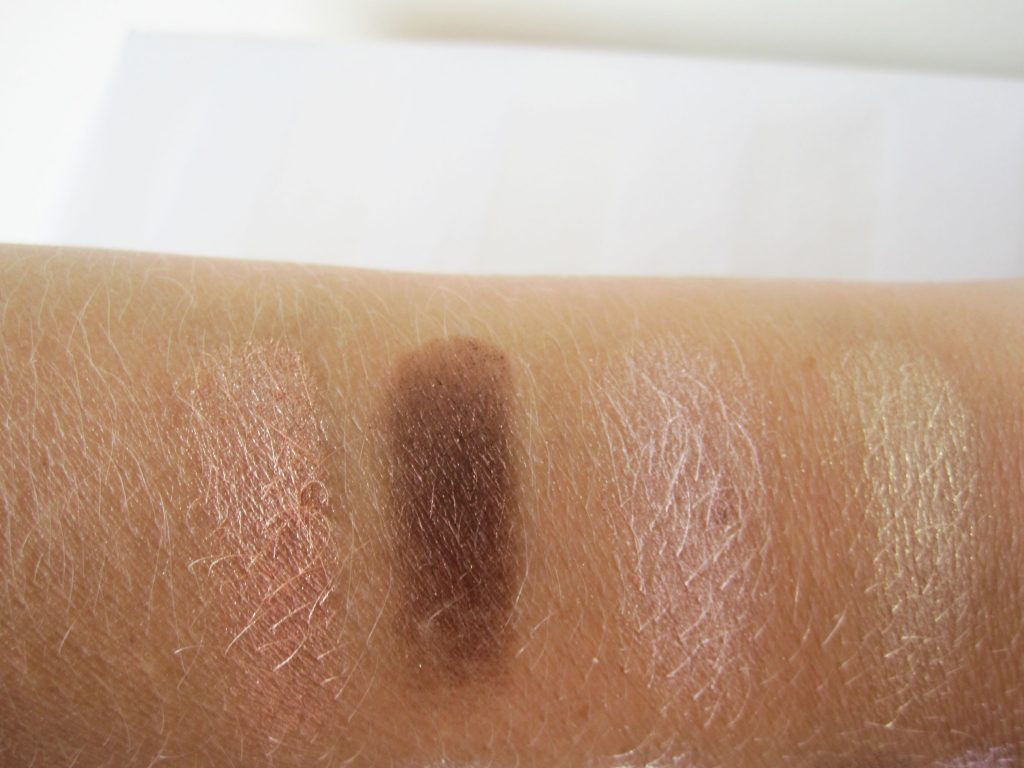 Korres shadow swatches 2 1024x768 Review: Korres Eyeshadow Quads In Natural And Cool Collection