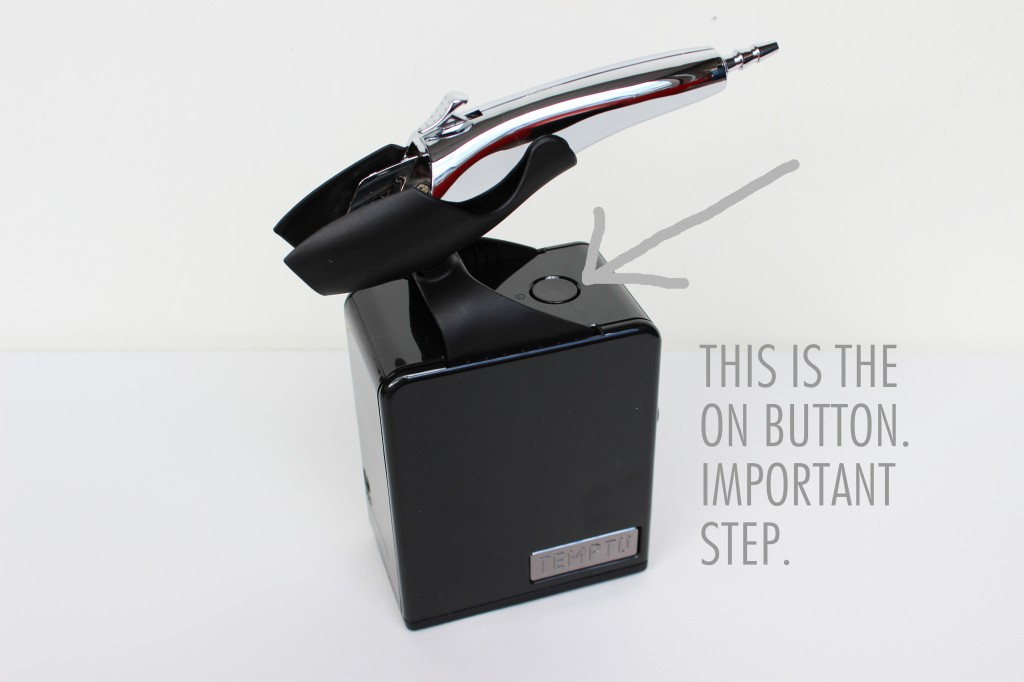 Temptu on Button 1024x682 Review: Temptu Personal Use Airpod Airbrush System
