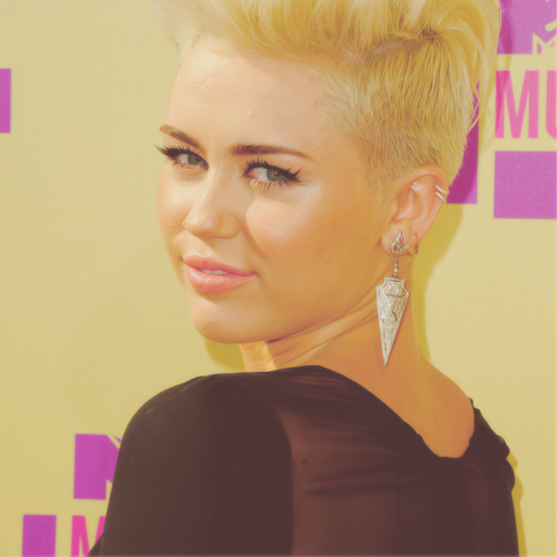 Miley Cyrus at Mtv Vmas 2012