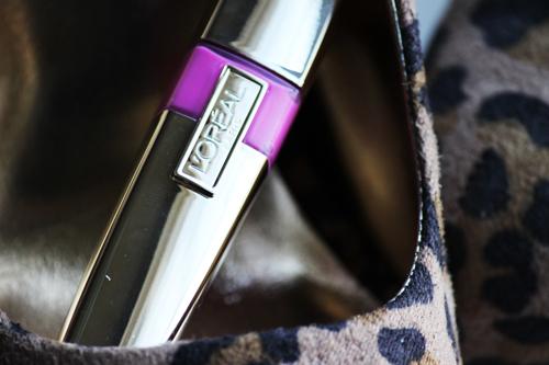 Loreal Colour Riche Pink Rebellion NEW LOreal Colour Riche Eyeshadow Quad and Caress Aqua Lip Lacquer Review