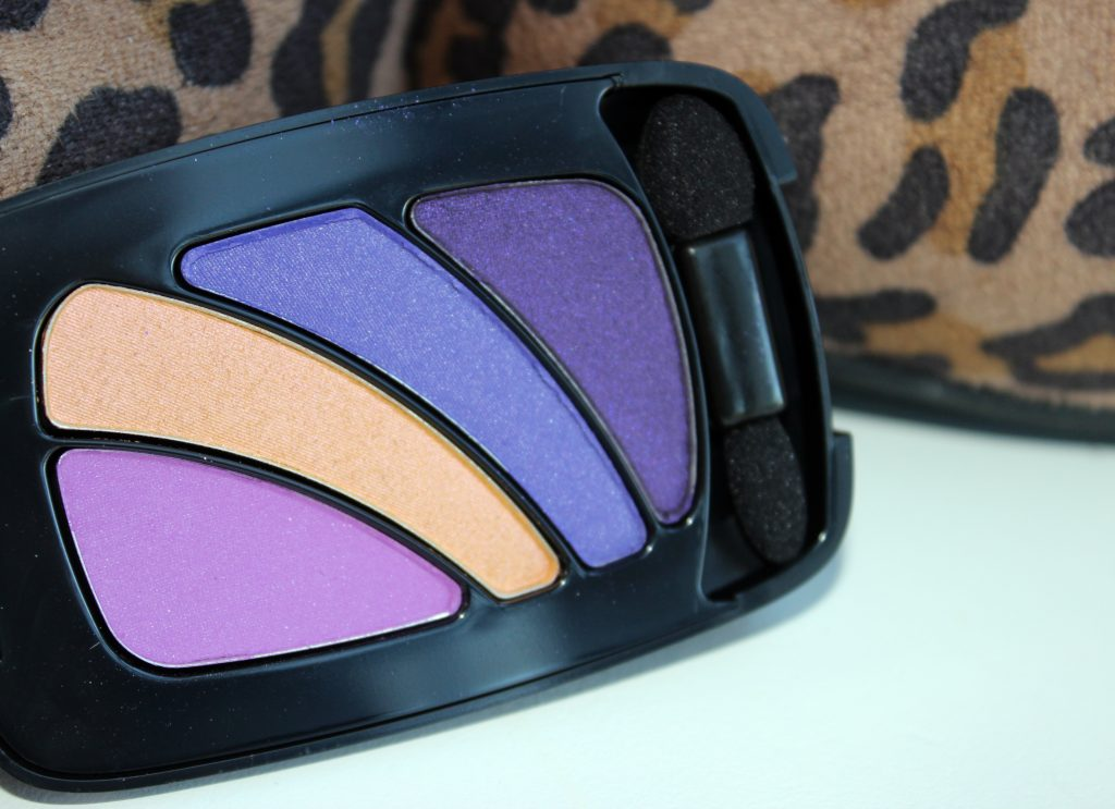 Loreal Paris Colour Riche Hollywood Icon 1024x743 NEW LOreal Colour Riche Eyeshadow Quad and Caress Aqua Lip Lacquer Review