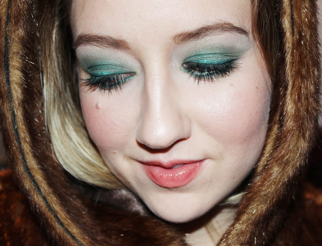 emerald green eyeshadow design and look #eotd