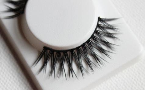 khroma-beauty-lashes-6
