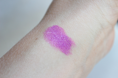 Maybelline-New-Vivid-Brazen-Berry-Swatch