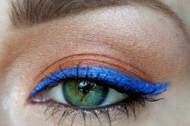 Colbalt_blue_eyeliner_Mary_Kay