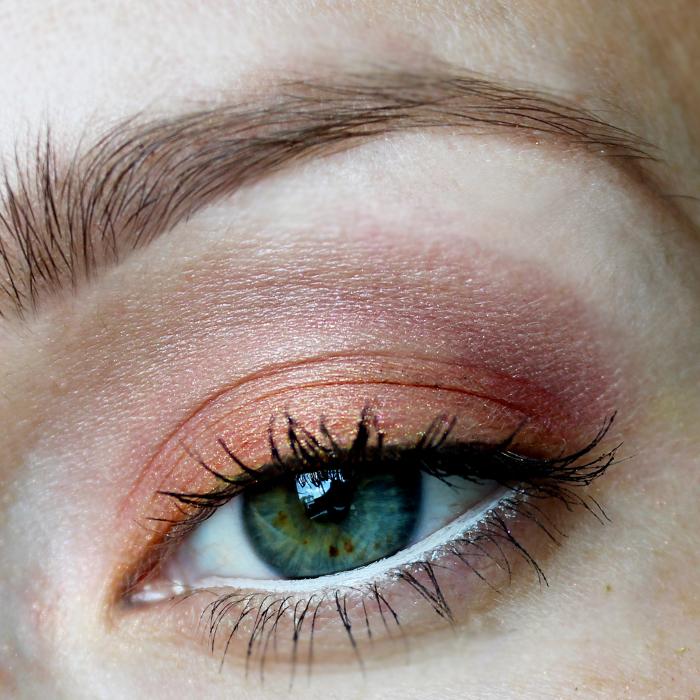 Milani Baked Eyeshadow