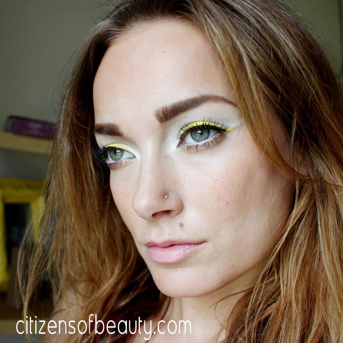 yellow eye makeup Look