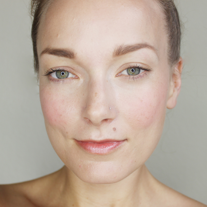 Glowing Skin for Fall 2014 makeup trends