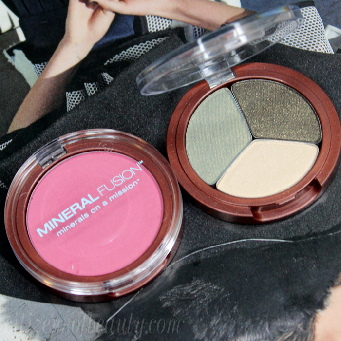 new mineral fusion Jaded eyeshadow trio and smashing blush