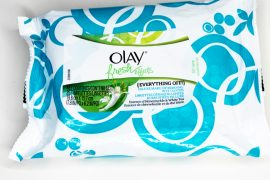 review of olay fresh effects face wipes