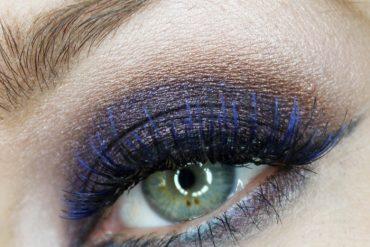 eye makeup design using the makeup forever artist palette