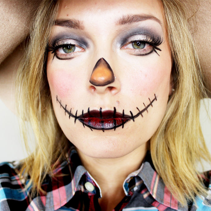 steps for scarecrow makeup
