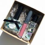Creative Holiday Gift: How to Make a Beauty Sample Box