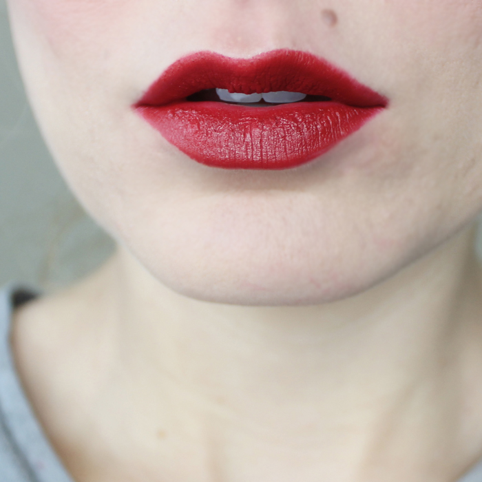 review of the matte confident lipstick