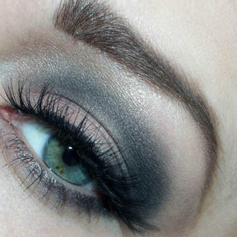 smokey eye makeup and fluffy lashes