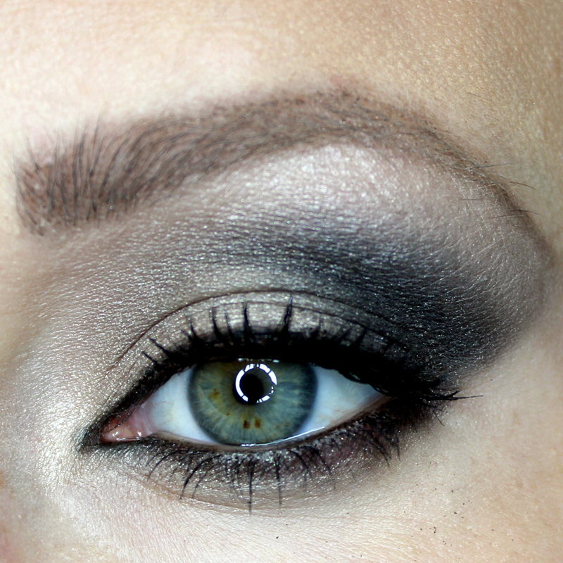 Two Hard Candy Sassy Eyes Makeup Looks Citizens Of Beauty
