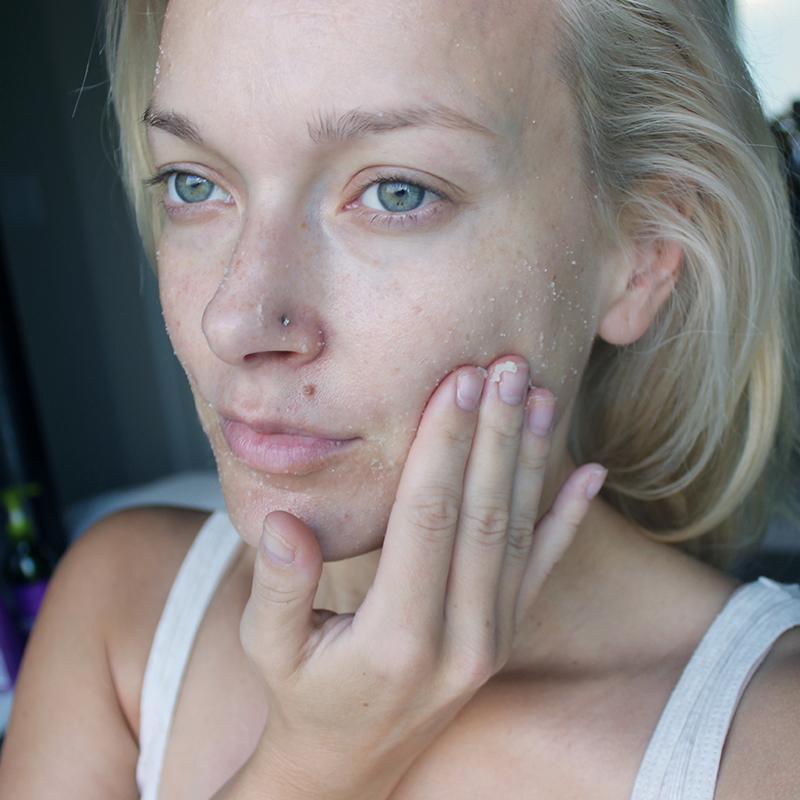 oil-free exfoliating skincare scrub