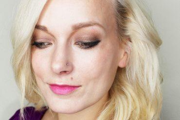 gorgeous smoky gold makeup look