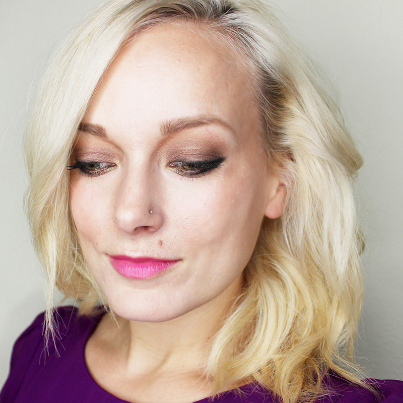 holiday 2015 dark smoky gold makeup look