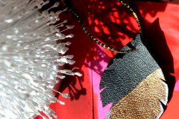 how to make a DIY feather ornament made of leather