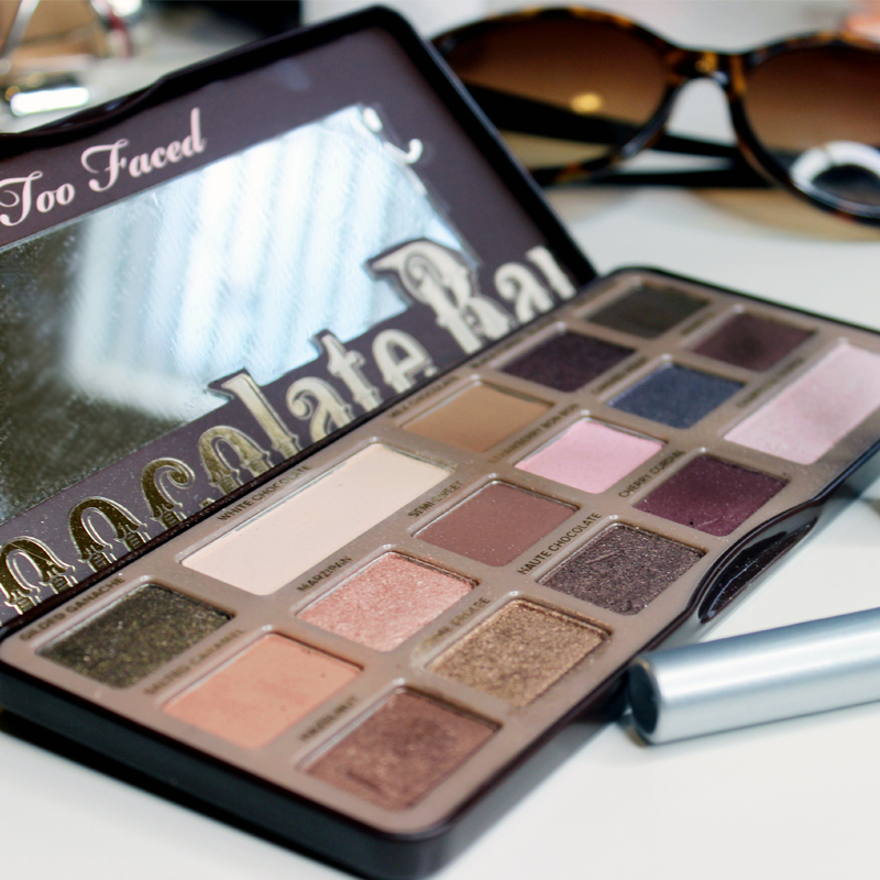 how to use the Too Faced Chocolate Bar with a Tutorial