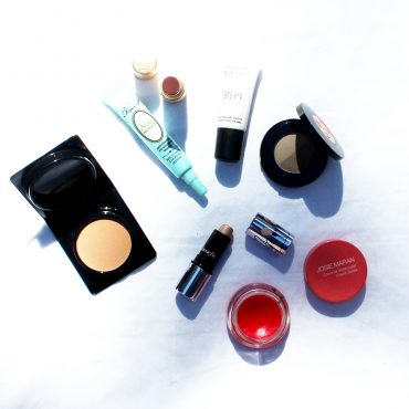 how to pack mini cosmetics for travel