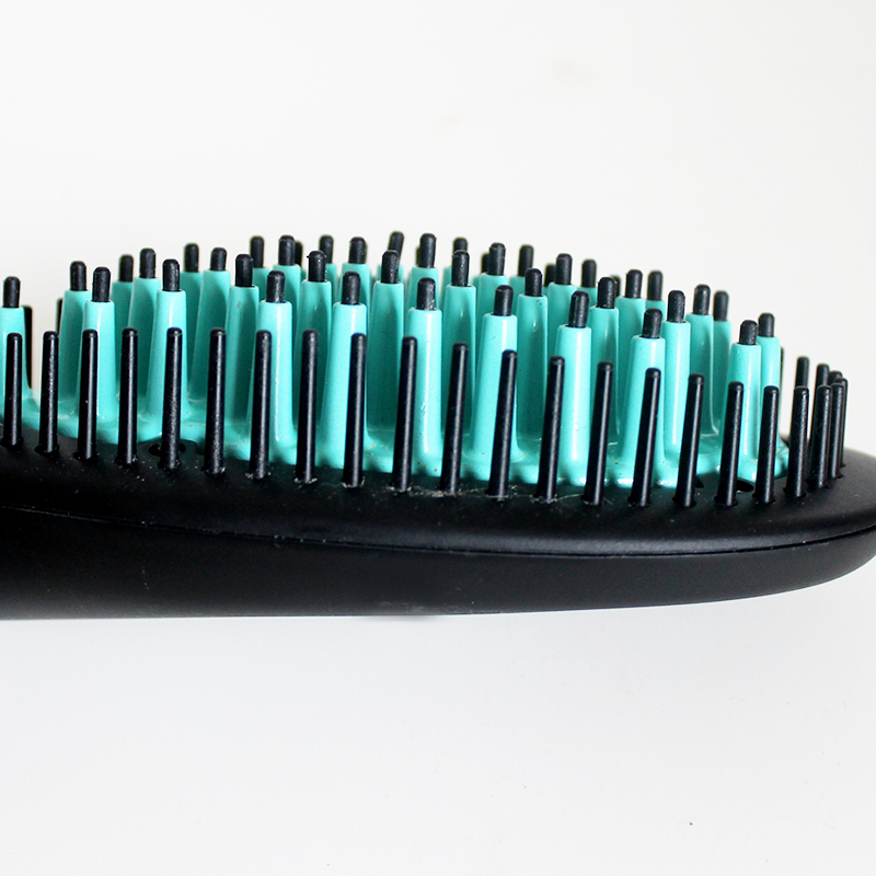 luma-brush-hair-straightening-tool-for-all-hair-types