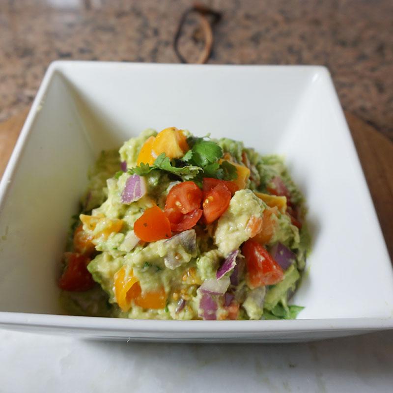 Guacamole dip recipe with zest mandarine orange as a whole 30 snack idea
