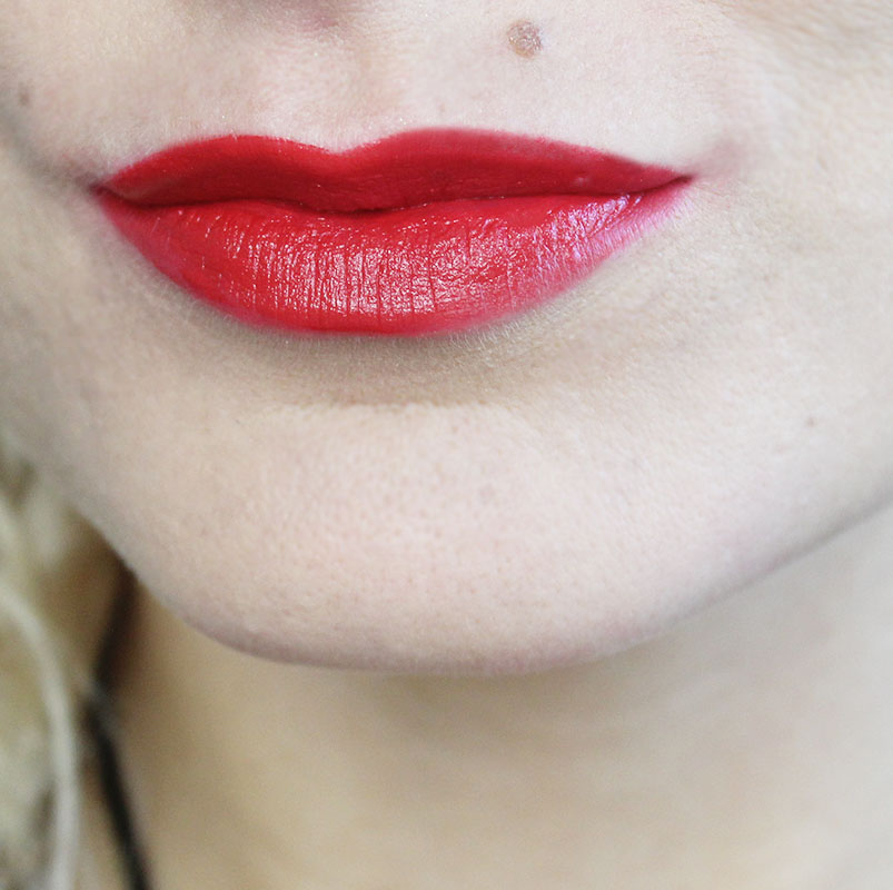 Try this gorgeous red lipstick in Zealot
