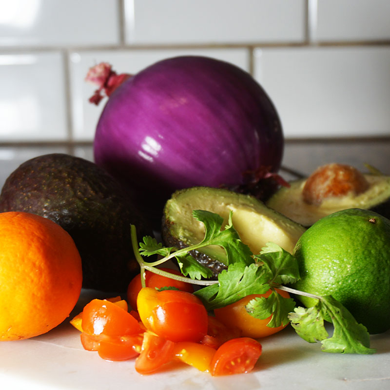 How to make an easy zesty guacamole whole 30 approved snack