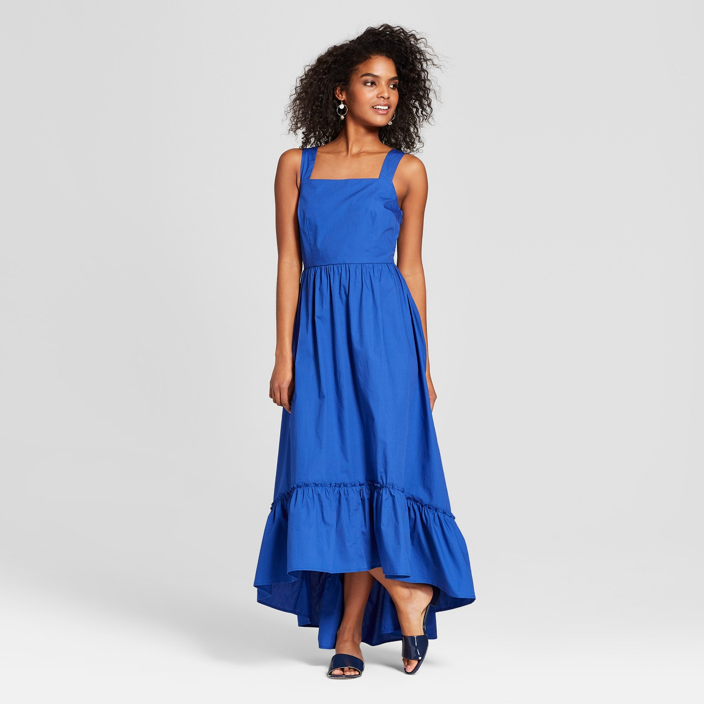 Blue summer maxi that can be worn during the fall along with these 25 other transitional dresses by Austin, TX style blogger Kendra Stanon.