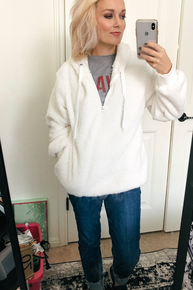Austin, TX Beauty and Lifestyle blogger Kendra Stanton brings you the best sweaters and cardigans from Amazon Prime for fall and winter