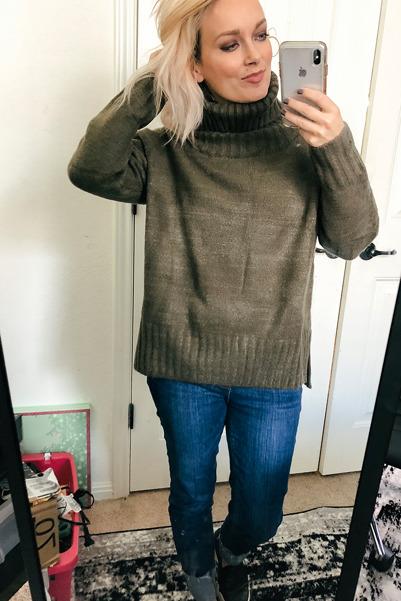 Austin, TX Lifestyle and Beauty blogger Kendra Stanton brings you the best sweaters Amazon Prime for fall