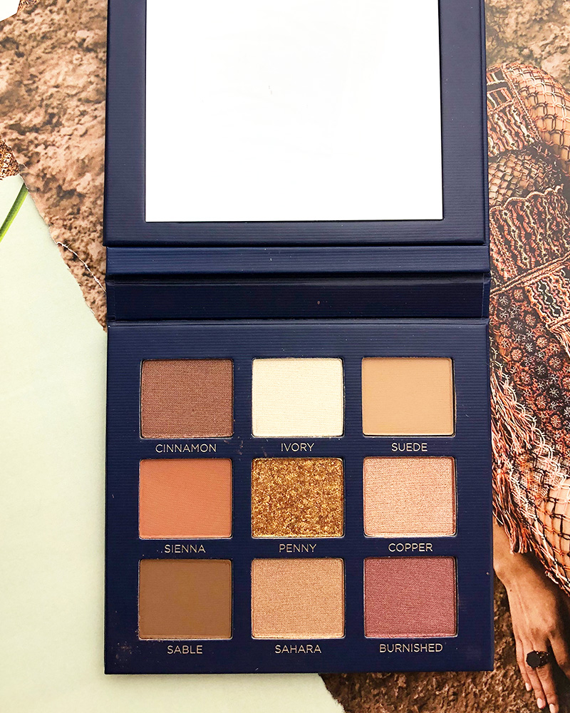 First look at the Beautycounter Classic Velvet Eyeshadow palette filled with bronze, golds, and rich shades by Beauty blogger, Kendra Stanton.
