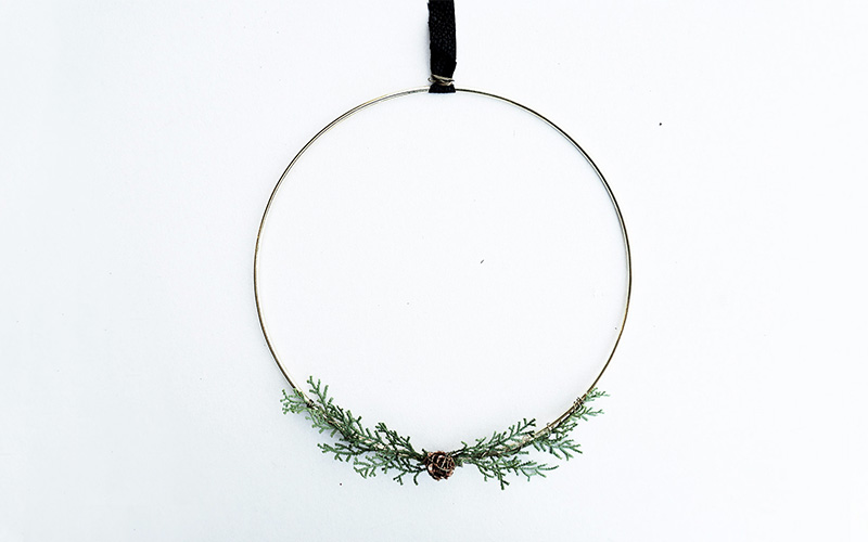 DIY Wire Wreath Inspired by Hearth and Hand