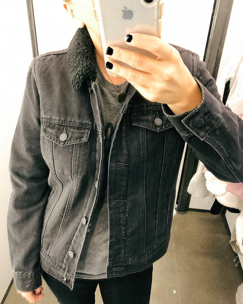 Faded black jean jacket for fall with faux wool lining. This coat is so warm and can be worn with so many things during the cold weather season