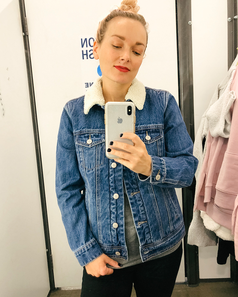 The cutest fall jean jacket with warm faux sherpa lining inside to keep you cozy. This coat is also a killer price, check it out!