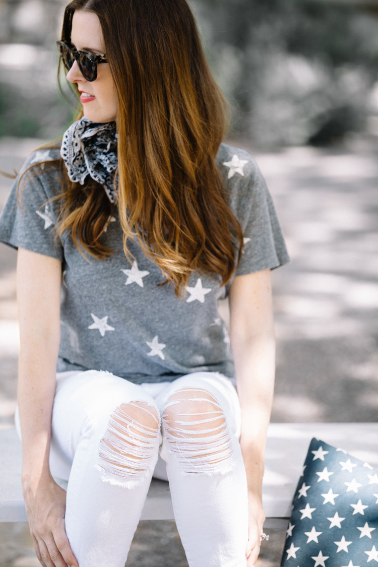 Get this easy 4th of July outfit for this red, white, and blue holiday