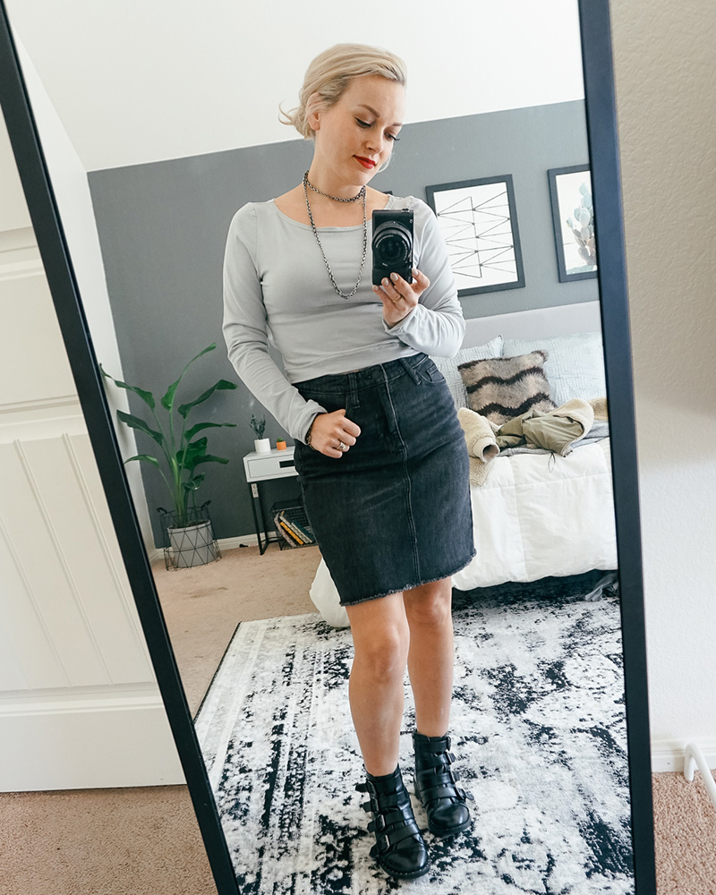 Get this denim skirt and cropped top shirt look with black combat boots from my what's in my closet try on Haul with style blogger, Kendra Stanton.