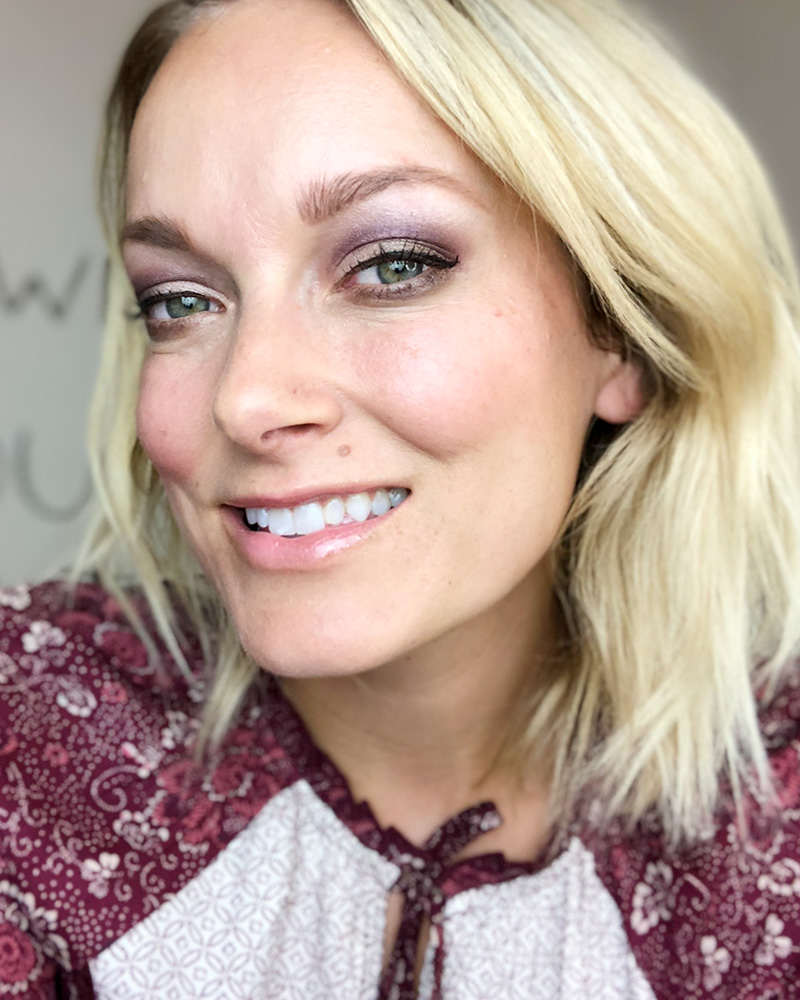 Makeup Look using non-toxic makeup palette Romantic Eyeshadow Palette by Austin, TX Makeup Artist and Beauty Blogger, Kendra Stanton