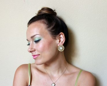 pastels-and-neon-makeup