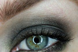Emerald Green Eyeshadow design using the Mineral Fusion Jaded Eyeshadow Trio