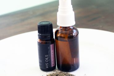 Recipe for DIY Vitamin C Toner with Green Tea and Lavender