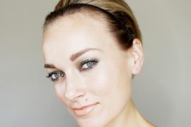 easy holiday updo for short hair 1