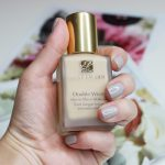 Concealing Blemishes With Estee Lauder Double Wear Stay-in-Place Liquid Foundation and Concealer