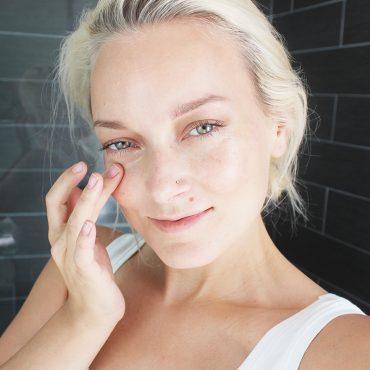 How to make a DIY Skin Brightening Face Scrub