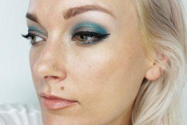 Fall Eyeshadow look with blue metallic colors