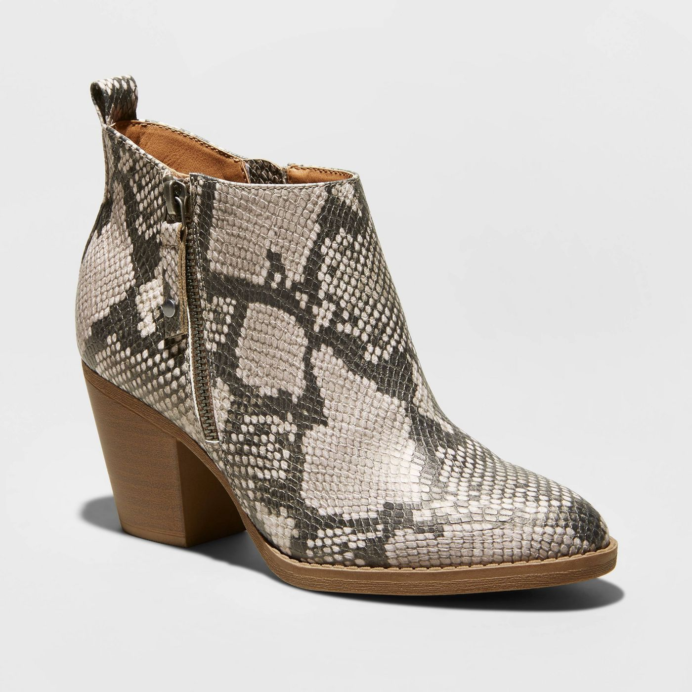 Check out this budget friends snake skin boot that's on trend and super popular for fall 2019!