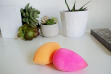 Try this beautyblender dupe that works almost identical to the origional pink tear dropped makeup sponge.